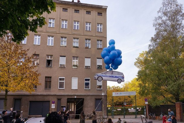 Henrik Jacob – Blue Balloon