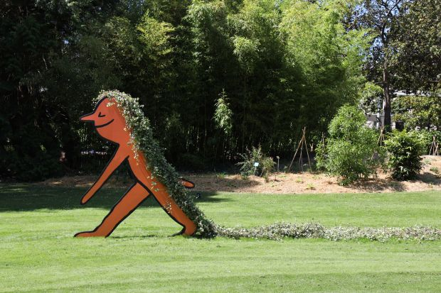 Jean Jullien creates line-drawn sculptures for Nantes' Le Jardin des Plantes